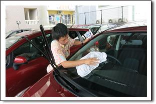 スカイレンタカー安心安全宣言その1徹底した車の洗車と車内清掃