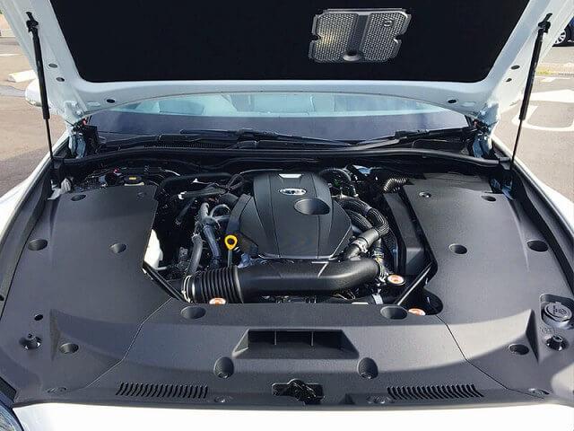 トヨタ クラウンハイブリッド 車内画像8
