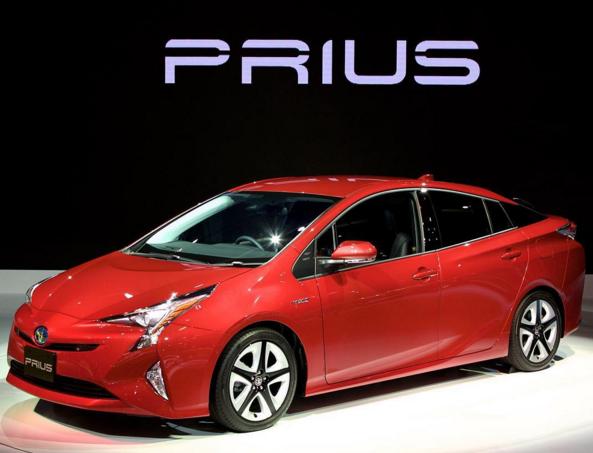 トヨタの新型プリウスは4世代目にしてかなりの革新をついたデザイン